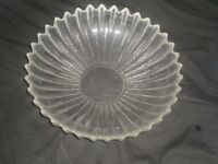 Solid Crystal Glass Fruit Bowl_Good condition