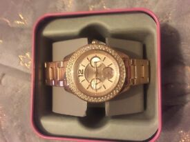 Women's Rose Gold Fossil Watch! Perfect condition never worn!