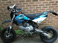 Stomp 140cc road legal pitbike supermoto