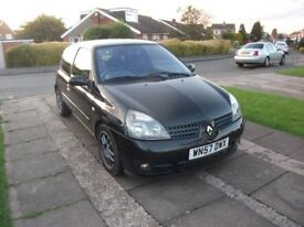 2007 RENAULT CLIO CAMPUS SPORT 16V BLACK SPARES OR REPAIR