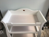 Boori Universal Sleigh Changing Table - White ***£200 (ono)***