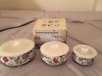 3 Piece Ceramic Bowl Set with lids