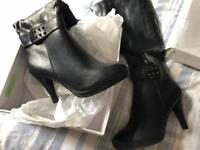 new boots size 5