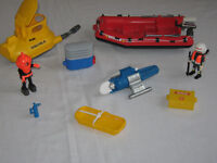 RARE PLAYMOBIL DEEP SEA SUBMARINE 3611 WITH UNDERWATER MOTOR and RESCUE BOAT etc