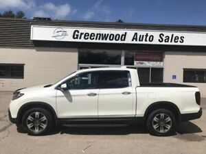 2017 Honda Ridgeline Touring Low Low Km's Loaded with all the...