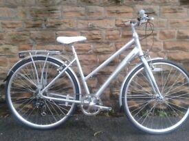 New Barracuda Vela 1 ladies Ladies Hybrid Road Touring Commuter Bike - RRP £299
