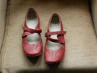 Red Clarks Leather Shoes size 6