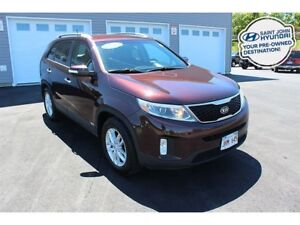 2015 Kia Sorento LX! ALL WHEEL DRIVE! HEATED SEATS! WARRANTY!