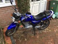 Suzuki EN125-2A 125cc Low Miles Full Service History New MOT and Service Motorbike / Motorcycle