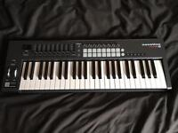 Notation Launchkey 49 MK2 MIDI keyboard