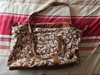 Red Herring overnight bag