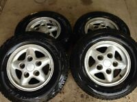 235/70/16 Cooper Discoverer AT'3s tyres on land rover Freestyle alloys