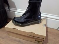 Dr Martens Airwair 1460 Black Patent Leather 8 eye Ankle Boots UK 6 BNIB Ladies