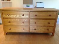 Solid Oak Dresser, chest of drawers