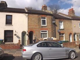 Newly refurbished three bedroomed terrace house to let