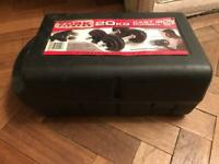 York Fitness 20 KG Cast Iron Dumbell Set As New Never Used With Storage Box
