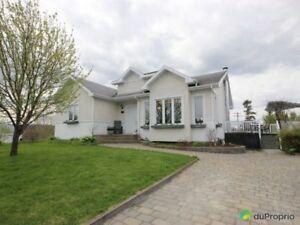 229 000$ - Maison 2 étages à vendre à Lac-Etchemin