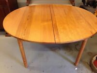 Ercol extendable dining table - model 704