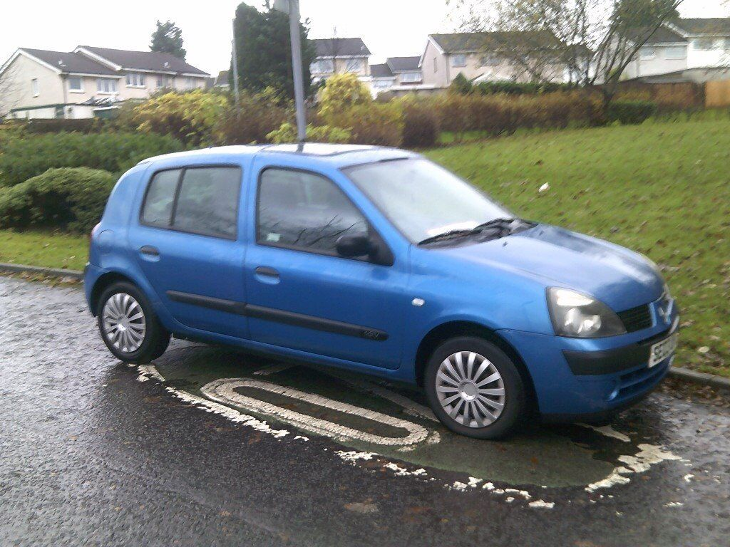 *REDUCED* NOW £150 03 RENAULT CLIO MOTD FEB. 18 STARTS DRIVES CLUTCH SLIPPING HENCE LOW PRICE
