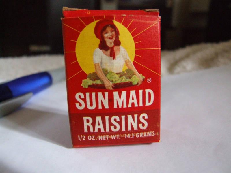 Vintage Miniature Sun Maid Raisin Box  1950