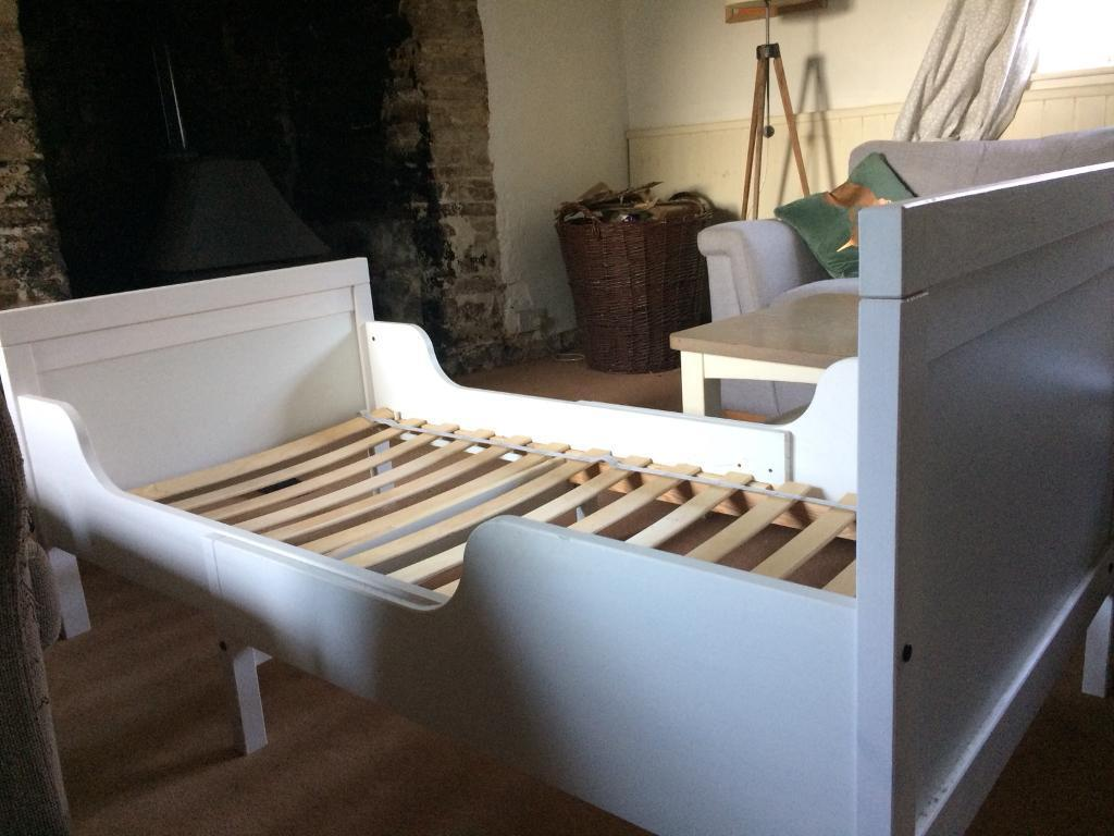 Ikea busunge extendable toddler bed with luroy slats