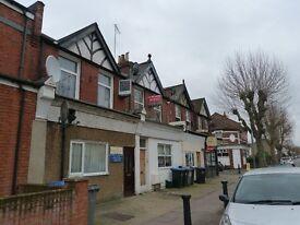 Fantastic 2 double bedroom split level apartment to rent in Willesden Green