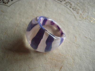 Vintage Ring Pop Art 60's MOD Lucite Plastic Purple w White Stripes sz 7](Purple Ring Pop)