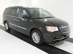 2016 Chrysler Town & Country Touring-L *DUAL REAR BLUERAY/DVD*