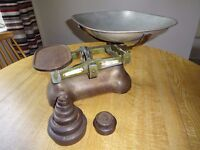 VINTAGE WEIGHING SCALES + 9 WEIGHTS (£40 or make an offer...)