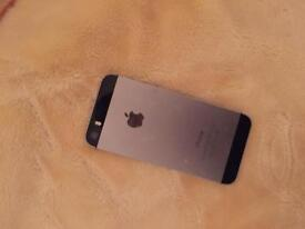 iPhone 5s on Vodafone 16GB good condition comes with the charger
