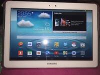 16 gb Samsung Galaxy Tab 2 10.1 with cases.
