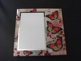 "Butterfly Design Photo Frame Holds 6""x4"" Photo"