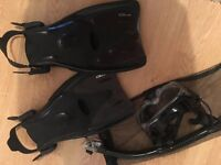swimming fins size 7 and snorkelling mask