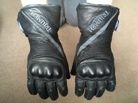 Ladies Motorcycle Gloves - Triumph branded leather, Size Small.