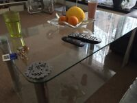 Glass table good condition