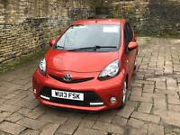 Toyota aygo fire 1.0L 2013 Bargain! Low mileage! 5 door