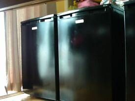 newworld underworktop freezer black