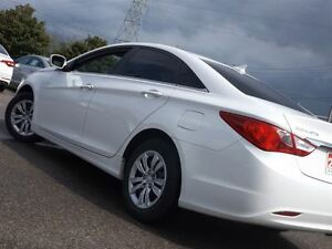 2013 Hyundai Sonata GL | NO ACCIDENTS | HEATED SEATS & BLUETOOTH Stratford Kitchener Area image 5