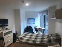 Private studio flat near to Liverpool One