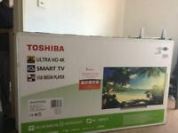 "65"" tv box Toshiba"