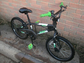 Avigo Drift BMX Bike