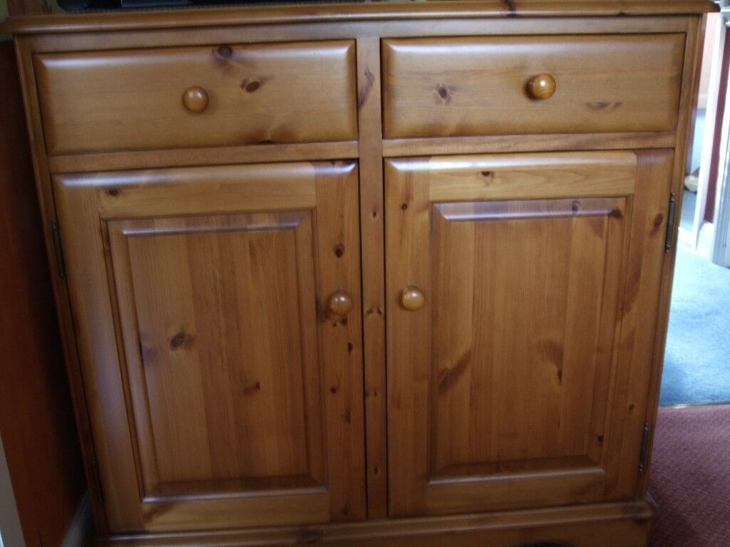 Used Lovelace Peterhouse Pine 603 2 Drawer Sideboard Cupboard Dining Room Or Kitchen
