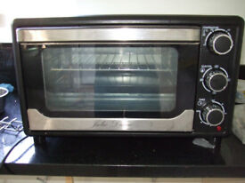 23 Litre Worktop Oven by Julie Diane, Double Hob by Wilko