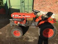 Kubota B7100 4 Wheel Drive compact tractor