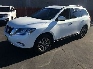 2014 Nissan Pathfinder S, Automatic, Navigation, Leather, Third