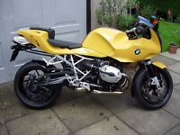 Excellent BMW R1200S Sport Motorbike, with luggage and low miles.