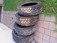 A vendre pneu Allianz actrice général 205155R16