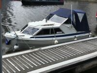 Viking canal river boat 17ft 2003-2005 £3750