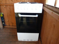 Electric Cooker, BEKO, Only used for 6 months. Freestanding