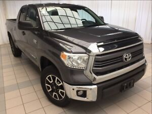 2014 Toyota Tundra SR5 Double Cab: Accident Free, 4x4.